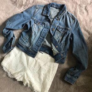 American Eagle medium wash crop denim jacket